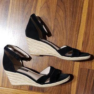 nine west black wedge heels size 8.5
